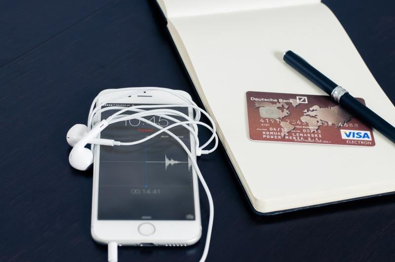 クレジットカードのリスクに関する3つのウソ